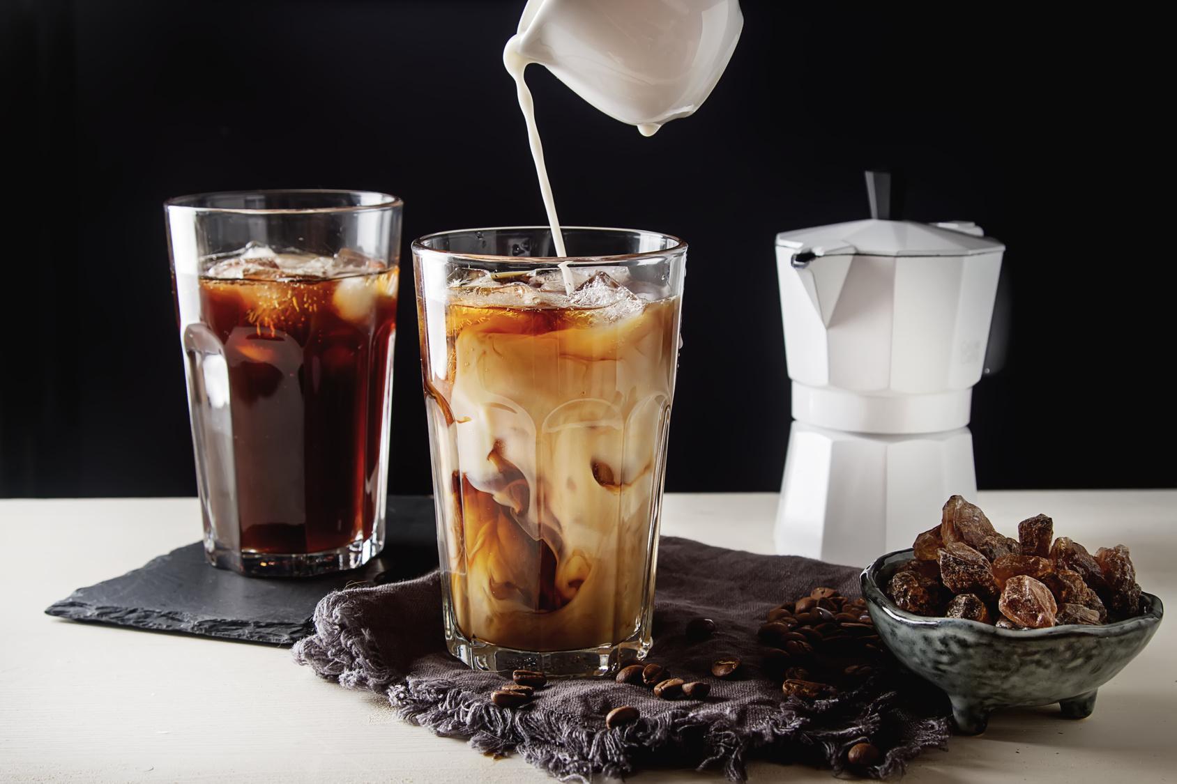 wachmacher mal anders kaffee variationen mit alkohol. Black Bedroom Furniture Sets. Home Design Ideas