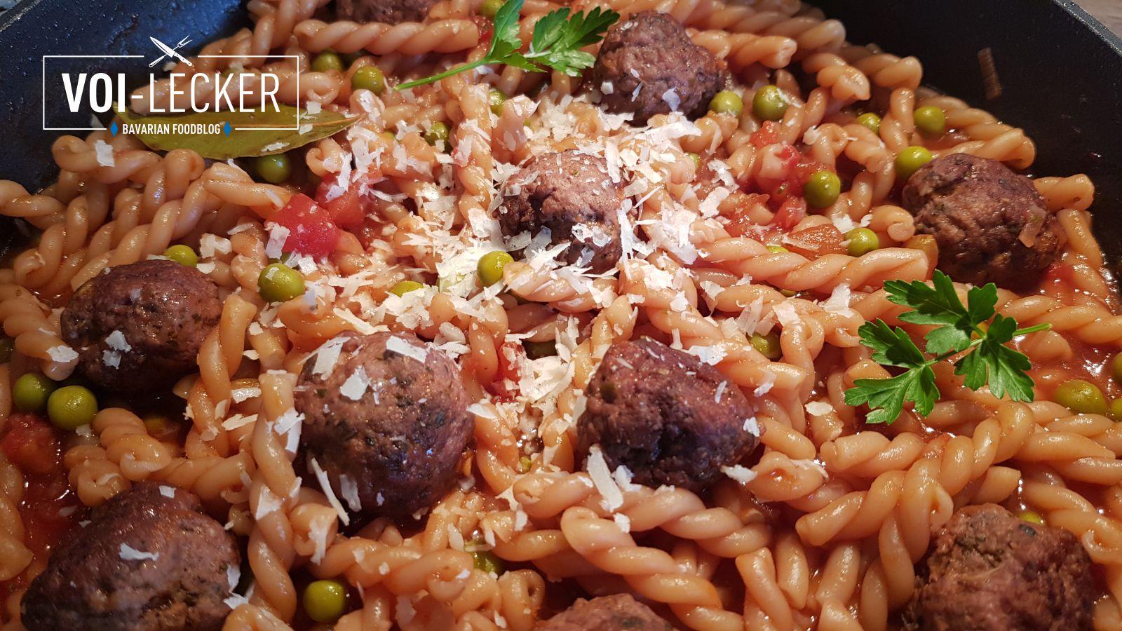 One-Pot-Pasta mit Pecorino