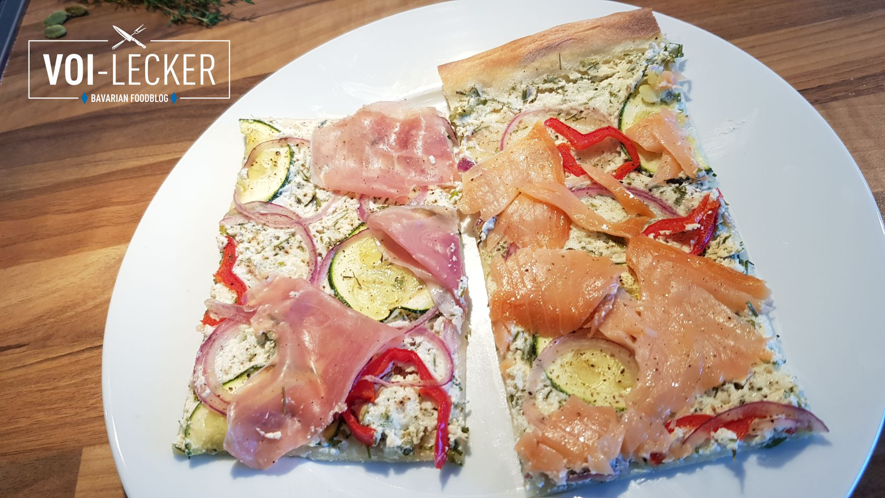 Zucchini Pizza mit Lachs und Prosciutto Schinken