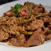 Reisfleisch mit Pfifferlingen, Bohnen und Speck
