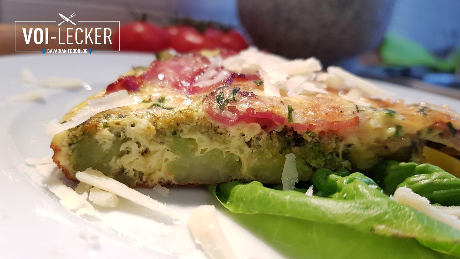 Aufschnitt des Gemüse Omelette